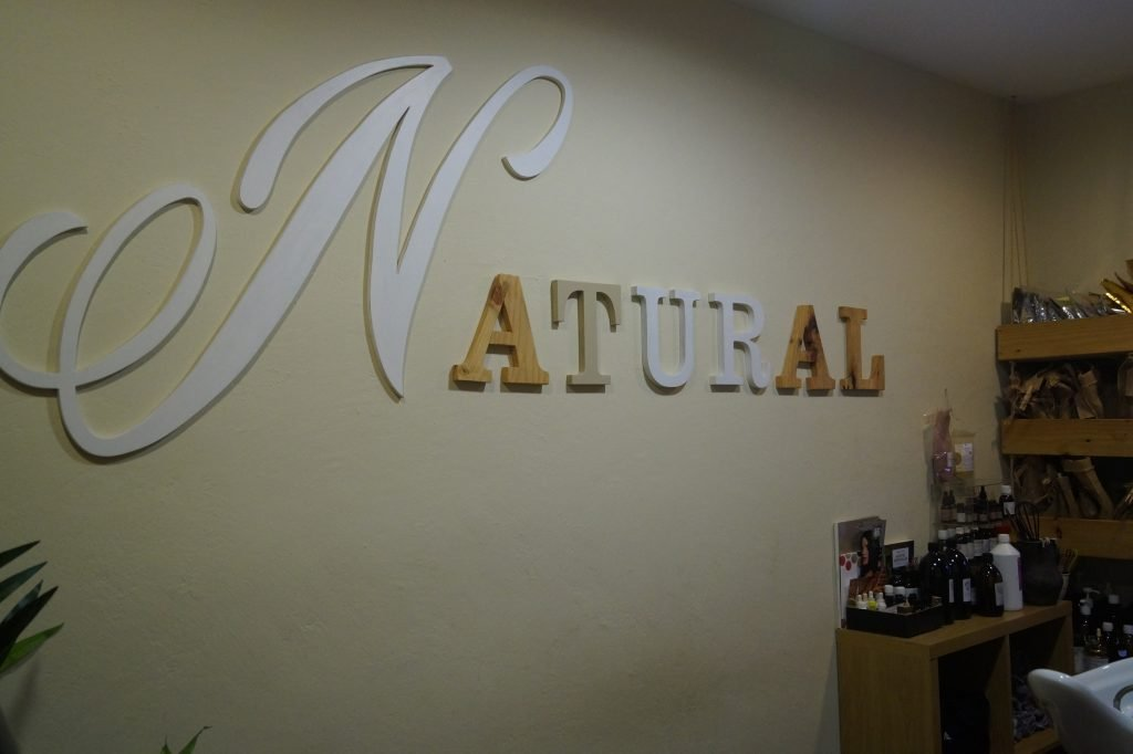 Otra perspectiva de la sala de tratamientos de peluquería ecológica Valladolid