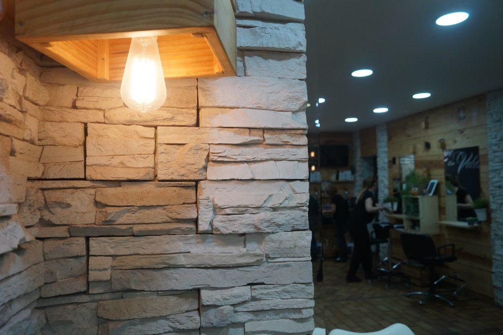 Otra perspectiva de interior peluquería ecológica en Valladolid